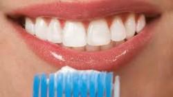 Το φθόριο- Φθορίωση δοντιών