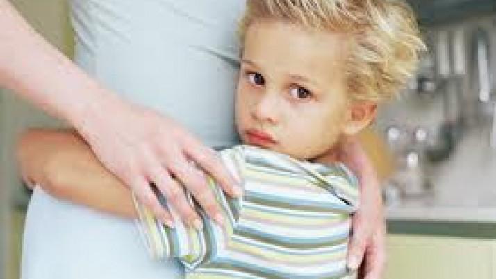 Υπερπροστατευτικοί γονείς και πώς αυτό επιδρά πάνω στα παιδιά