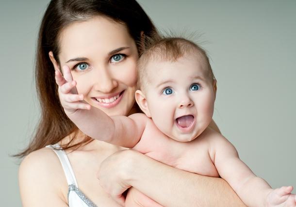 Στάσεις θηλασμού και τοποθέτηση του μωρού στο στήθος
