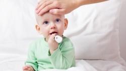 Η αντιμετώπιση του πυρετού στα μικρά παιδιά.